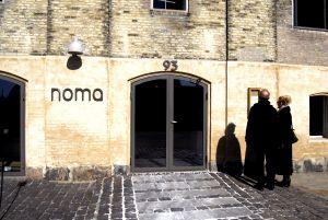 Entrada al restaurante Noma, uno de los mejores del mundo, en Copenhague.