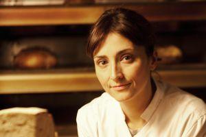 Anna Bellsolà, propietaria de la panadería Baluard.