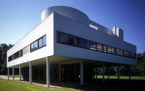 Villa Savoye, de Le Corbusier, en Poissy (Francia).