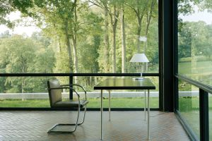 Interior de la Glass House, de Philip Johnson, en Connecticut (EE UU).