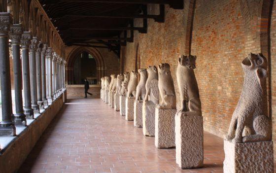 Colección de gárgolas en el claustro del Musée des Augustins, en Toulouse (Francia).