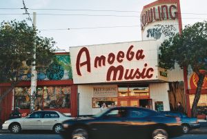 Entrada a Amoeba Music, en Haight-Ashbury, San Francisco.