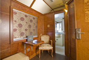 Habitaciones con baño privado. En los trenes regionales los baños son algo distintos.
