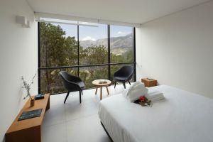 Habitación del hotel Vivood, en Benimantell (Alicante).