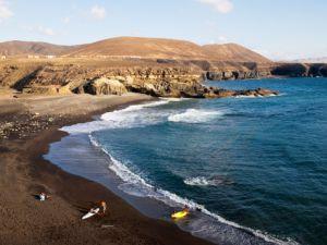 Playa de Ajuy (Pájara), vista desde el sendero a las cuevas.