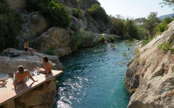 12 playas de agua dulce el viajero el pa s for Piletas de agua salada en zona sur