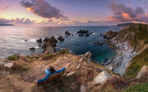 Los seis mejores bancos para sentarse y contemplar el mar