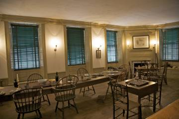 The Long Room, en la Fraunces Tavern, original de 1719, en Manhattan (Nueva York).