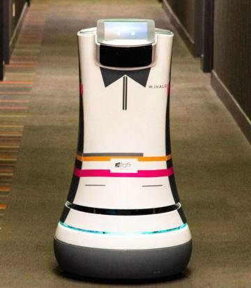 Un robot-camarero de la cadena de hoteles Aloft.