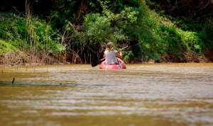 Una travesía en kayak por el río Bermejo, en El Impenetrable (Argentina).