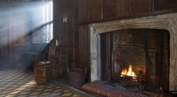 Salón de la Sutton House, una mansión tudor del siglo XVI convertida en museo en Hackney (Londres).