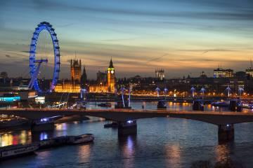 Vista del 'skyline' de Londres al atardecer.