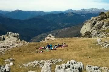 Descanso durante un retiro de calma en los Pirineos de Huesca organizado por Casa Cuadrau.