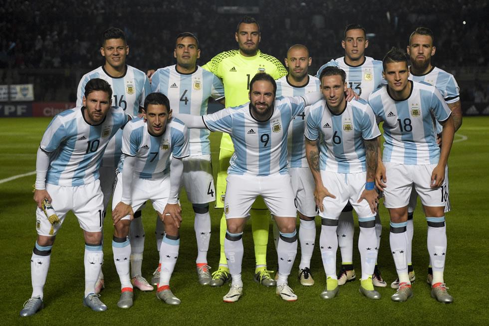El Himno argentino tambien sono en el Times Square