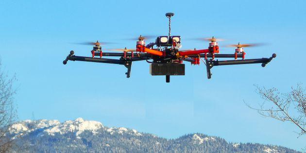 Dron con red de telefonía móvil de Star Solutions.
