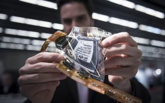 Pósters con sonido y chips para monitorizar el cerebro, en la sección más futurista dedicada al grafeno