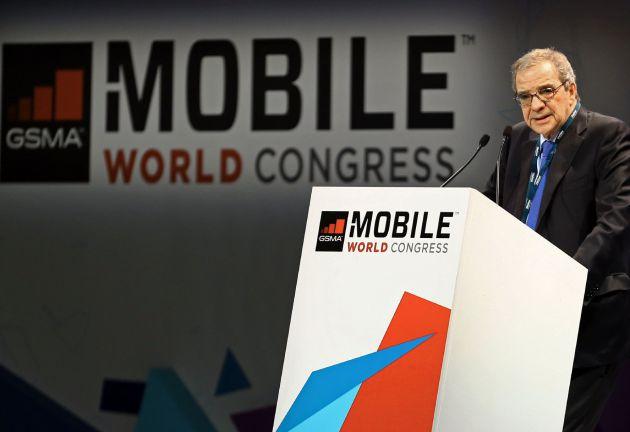 El presidente de Telefónica, César Alierta, durante su discurso en el Congreso Mundial de Móviles (MWC, de sus siglas en inglés).