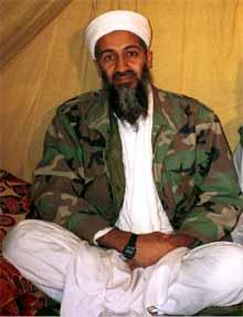 Osama Bin Laden, en un campo de refugiados de Afganistán.