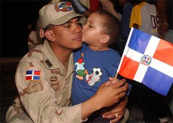 La mayoría de los 300 soldados dominicanos desplegados en Irak han llegado hoy al aeropuerto de Santo Domingo.