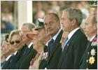 Chirac proclama en Normandía que la ONU es la garantía de un mundo