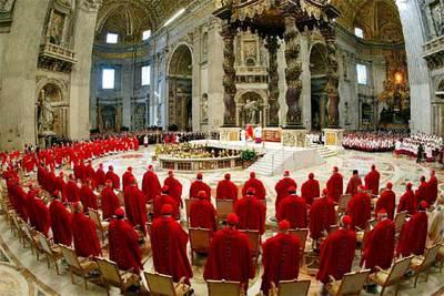 Imagen de la misa celebrada antes del cónclave del que saldrá el sucesor de Juan Pablo II.