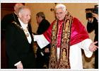 Benedicto XVI recibe al presidente de Italia en su primera reunión de Estado