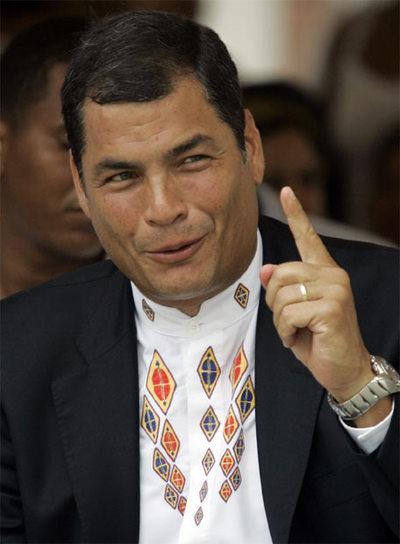 Correa recibe los primeros resultados de los comicios este domingo, en Quito