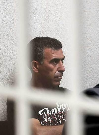 El español Antonio Porta Álvarez participa hoy en la audiencia judicial en Tegucigalpa. Álvarez fue detenido por participar en los disturbios registrados tras el desalojo de seguidores del derrocado presidente, Manuel Zelaya, frente a la embajada de Brasil en Honduras