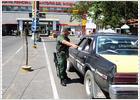 Críticas a Chávez por llamar a las armas contra Colombia