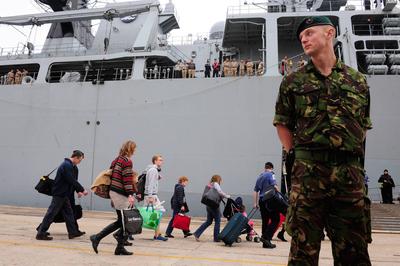 FOTOGALERIA: La Armada británica, al rescate