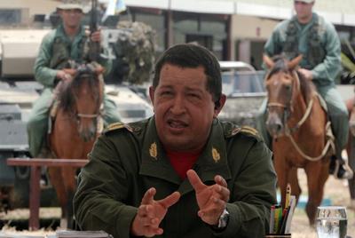 Chávez habla en la emisión número 356 du su programa  Aló Presidente .