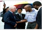 Llega a EE UU el estadounidense liberado en Corea del Norte por Jimmy Carter