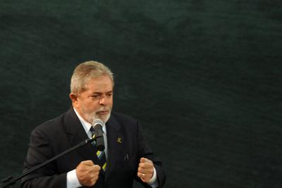 El presidente brasileño, Luiz Inácio Lula da Silva, pronuncia un discurso el pasado 7 de junio de 2010, durante un acto en Brasilia.