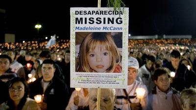 Vigilia por Madeleine McCann, celebrada en mayo de 2007 en el santuario de Fátima.