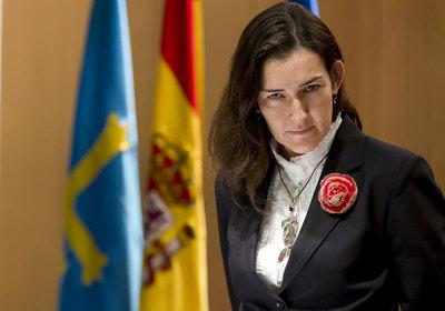 La ministra de Cultura, Ángeles González-Sinde, ayer en Oviedo.