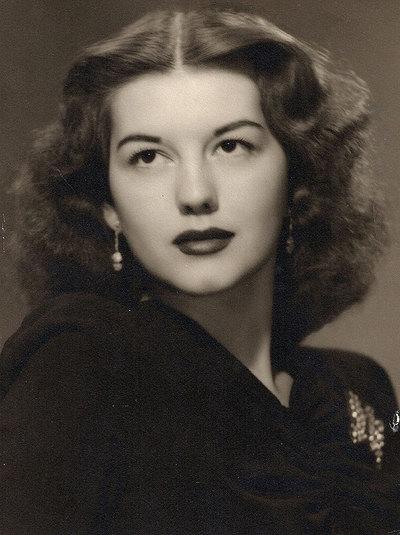 Geraldine Doyle, en 1942 a la edad de 17 años.