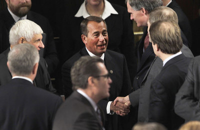 John Boehner, nuevo portavoz de la Cámara de Representantes de EE UU, es felicitado por sus compañeros