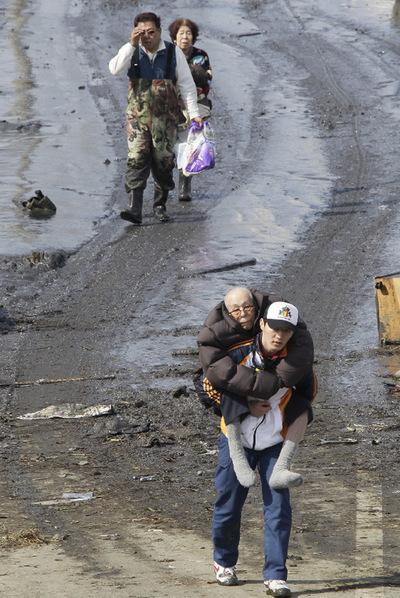 FOTOGALERIA: Evacuados de sus casas