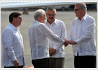 Carter llega a Cuba para reunirse con Raúl Castro y tender puentes entre ambos países