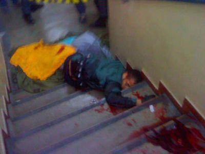 Detalle del cuerpo de Wellington Menezes Oliveira, el atacante en la escuela pública de Tasso da Silveira.