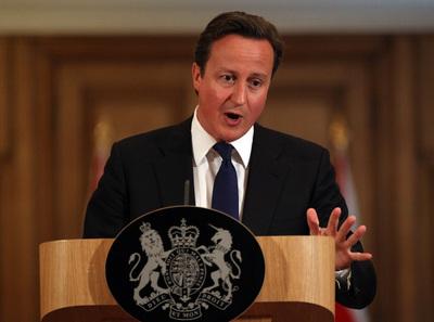 El primer ministro británico, David Cameron, comparece ante la prensa.