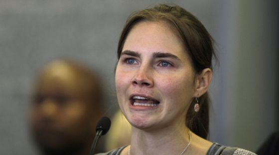 Amanda Knox, en la comparecencia de prensa en el aeropuerto de Seattle.