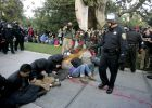 Represalias contra indignados en una universidad de California
