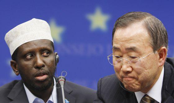 El presidente de Somalia, Sharif Ahmed, junt a Ban Ki- Moon.