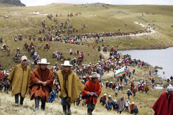Pobladores protestas contra el proyecto Conga.