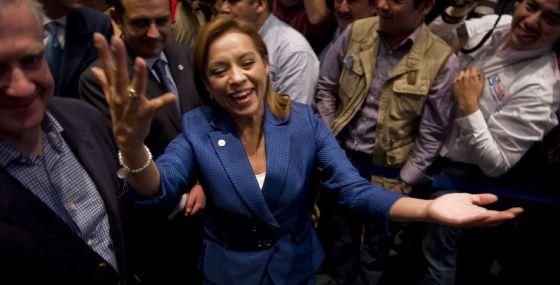Josefina Vázquez Mota celebra su victoria.