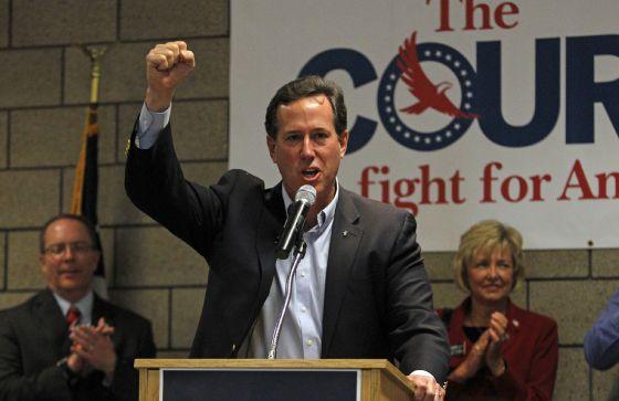 Santorum en un mitin en Misuri