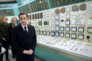 Sarkozy, en la nuclear de Fessenheim, el pasado febrero.