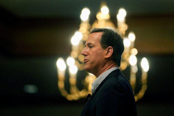 Rick Santorum, en un discurso durante su campaña en Livonia (Michigan).