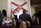 Romney critica a Obama por el visado a la hija de Castro